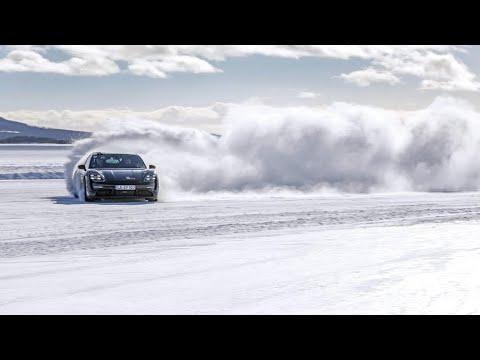Porsche Taycan | Snow Drift
